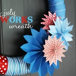4th july fireworks wreath title