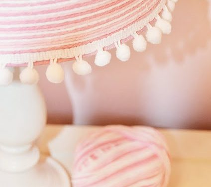 Yarn Lamp Makeover