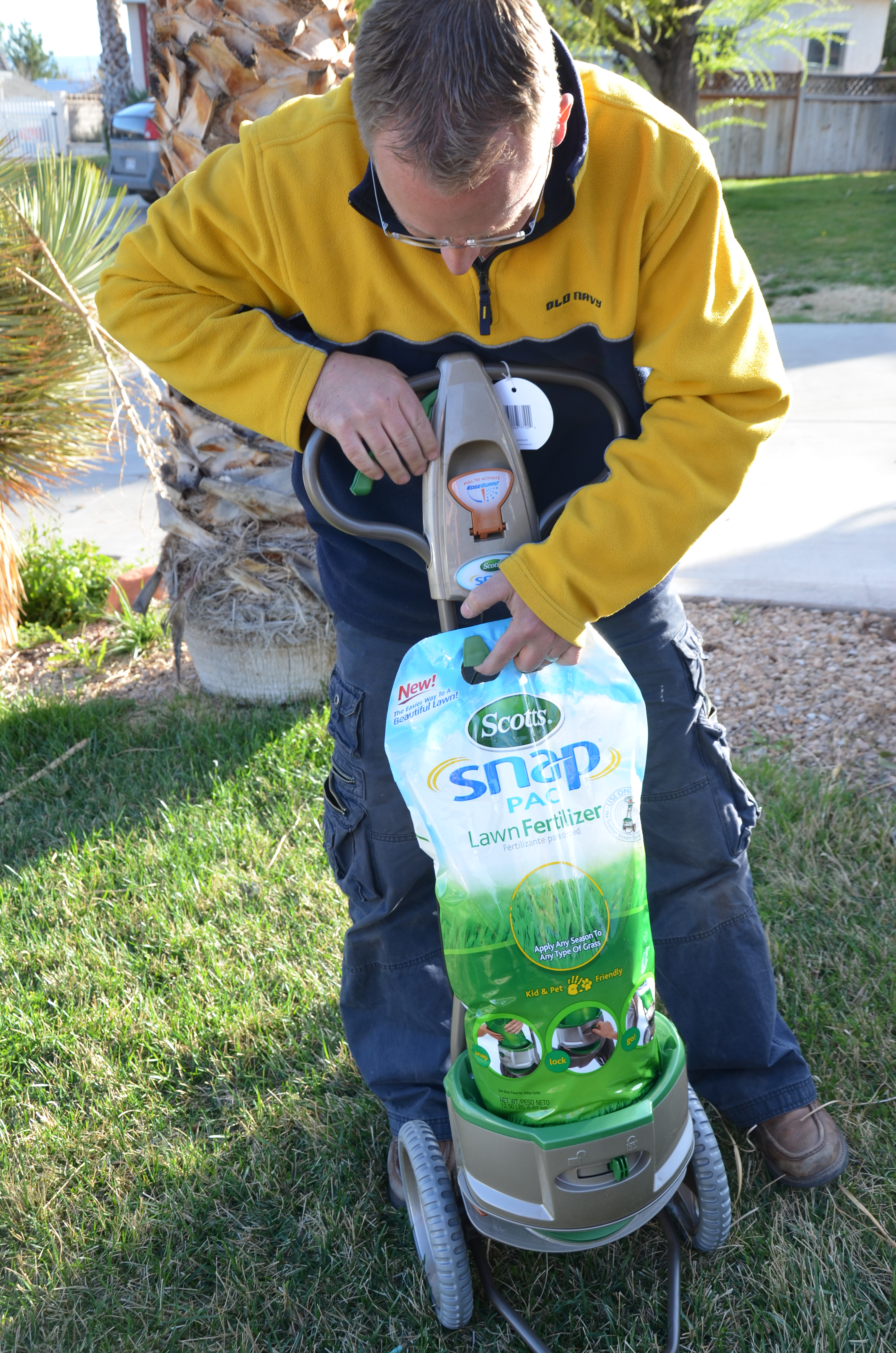 Scotts Snap Spreader System Giveaway