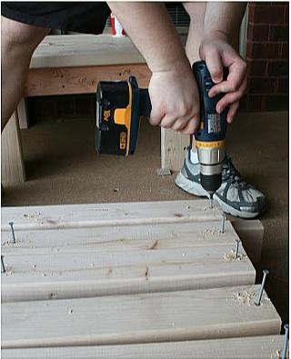DIY Outdoor Sectional Instructions - DIY Backyard Furniture. Outdoor decor.