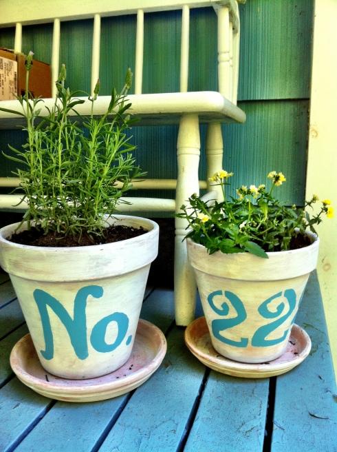 DIY Shabby Chic Terracotta Pots