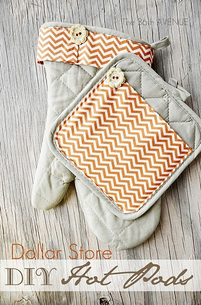 DIY Dollar Store Hot Pads by the36thavenue.com