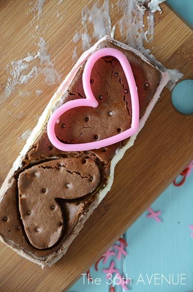 Heart Ice Cream Sandwiches. Delicious and easy Valentine's Day dessert.