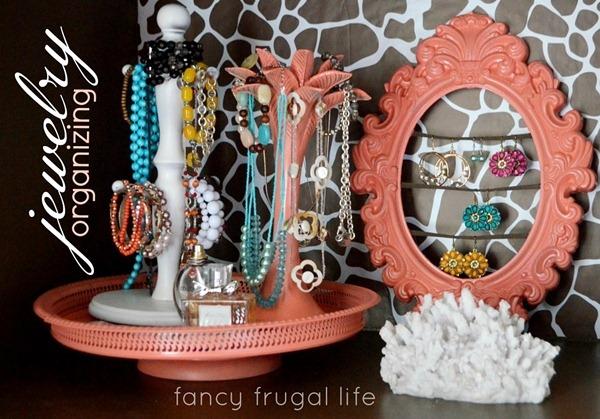 frugal-creative-jewelry-organizing-1024x715