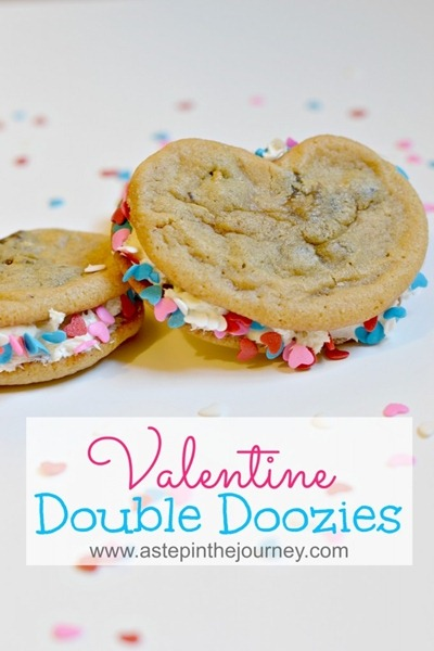 valentine-cookie-sandwiches