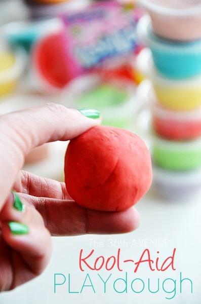 Kool-Aid Playdough Recipe. #kids #Easter the36thavenue.com