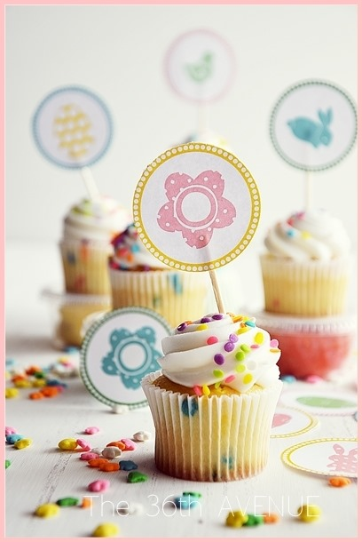 Easter Toppers Free Printable & Kool-Aid Playdough Recipe. #kids #Easter the36thavenue.com