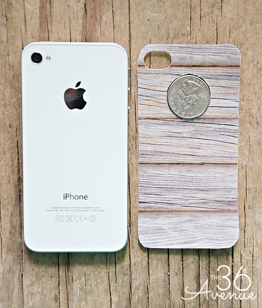 Give your iphone a nice new look for free. Wood free printable and tutorial over at the36thavenue.com