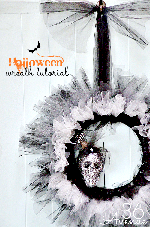 Halloween DIY Wreath Tutorial at the36thavenue.com