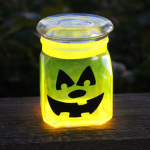 Halloween – Glow in the Dark Pumpkin Jars
