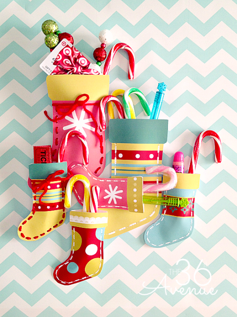 Oh my cuteness!!! Christmas Stockings made from Free Printables at the36thavenue.com …ADORABLE! #christmas #gifts #printables