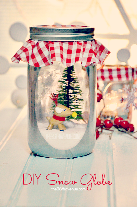 Make this DIY Vintage Snow Globe… Such a cute decoration and adorable gift!  #christmas #gift #diy