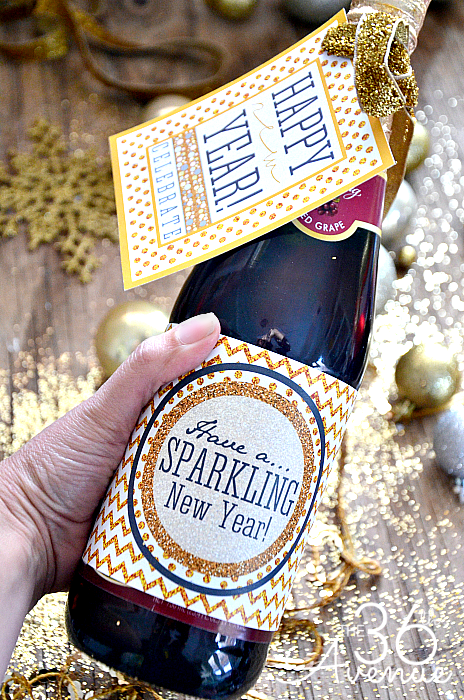 New Years Free Sparkly Printable at the36thavenue.com …We love glitter! Pin it now and print it later!