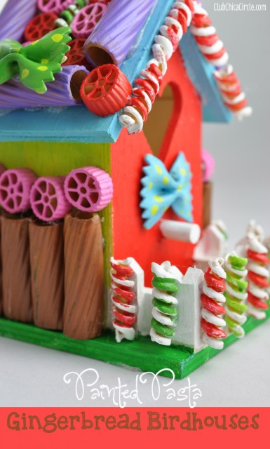 Painted-Pasta-Gingerbread-House-Craft-Idea-@clubchicacircle