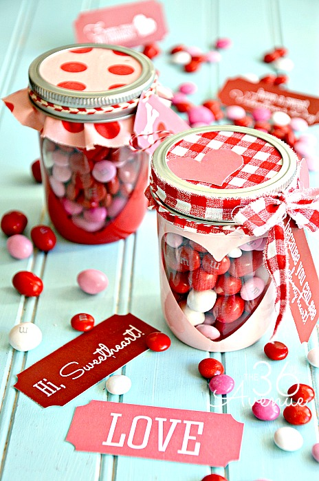Adorable DIT Heart Candy Jar TUTORIAL at the36thavenue.com Super cute! #valentines #gifts