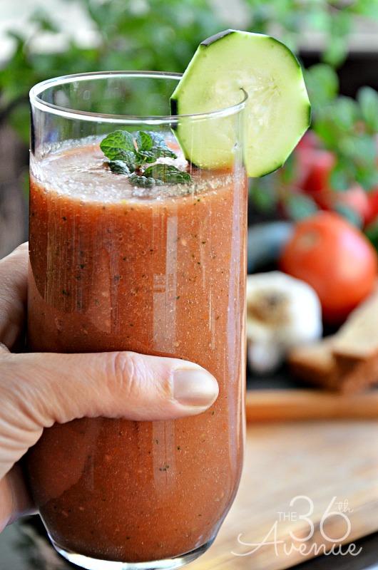 Delicious Skinny Gazpacho Recipe... So darn good and guilt free! @the36thavenue.com