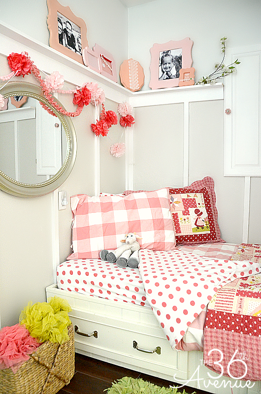 How to Decorate a Small Bedroom - The 36th AVENUE