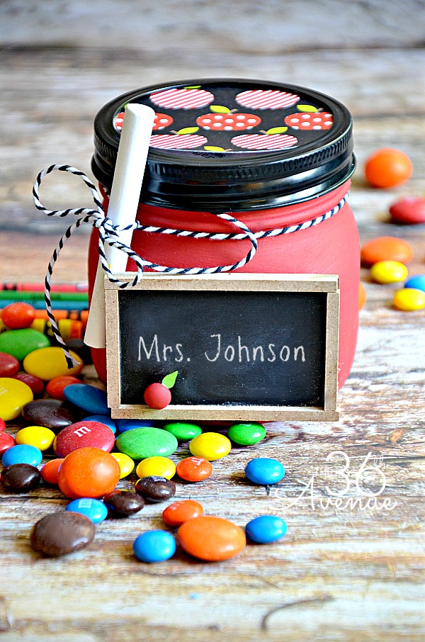 Back to School - Super cute Teacher Appreciation Gift Tutorial at the36thavenue.com