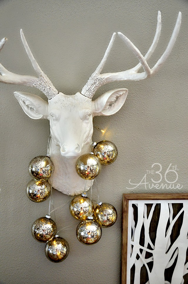 Christmas Decor Ideas by the36thavenue.com