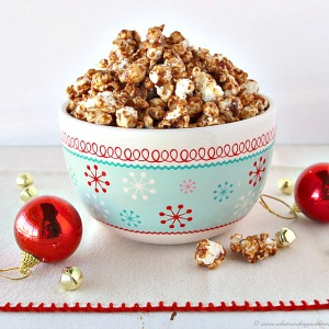 Christmas Recipes - Ginger Bread Popcorn... Pin it now and make it later!