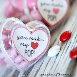 Valentine's Day Gift idea and Free Printable by createcraftlove.com