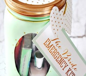 Mason Jar Crafts – Bride Emergency Kit