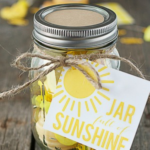 Jar-Full-of-Sunshine.-Great-gift300