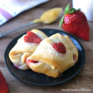 Strawberry Lemon Crescent Rolls