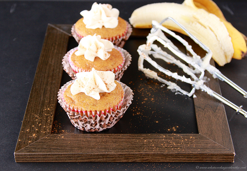 banana-cupcakes-with-cream-cheese-frosting-1