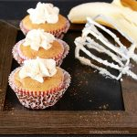 Bananas Cupcakes with Cream Cheese Frosting