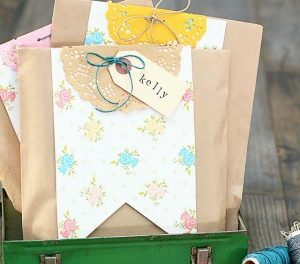 Handmade Gifts – DIY Gift Wrap