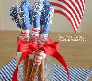 Fourth of July Dessert – Dipped Pretzels