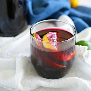 Non Alcoholic Sangria – Sparkling Blueberry Mocktail