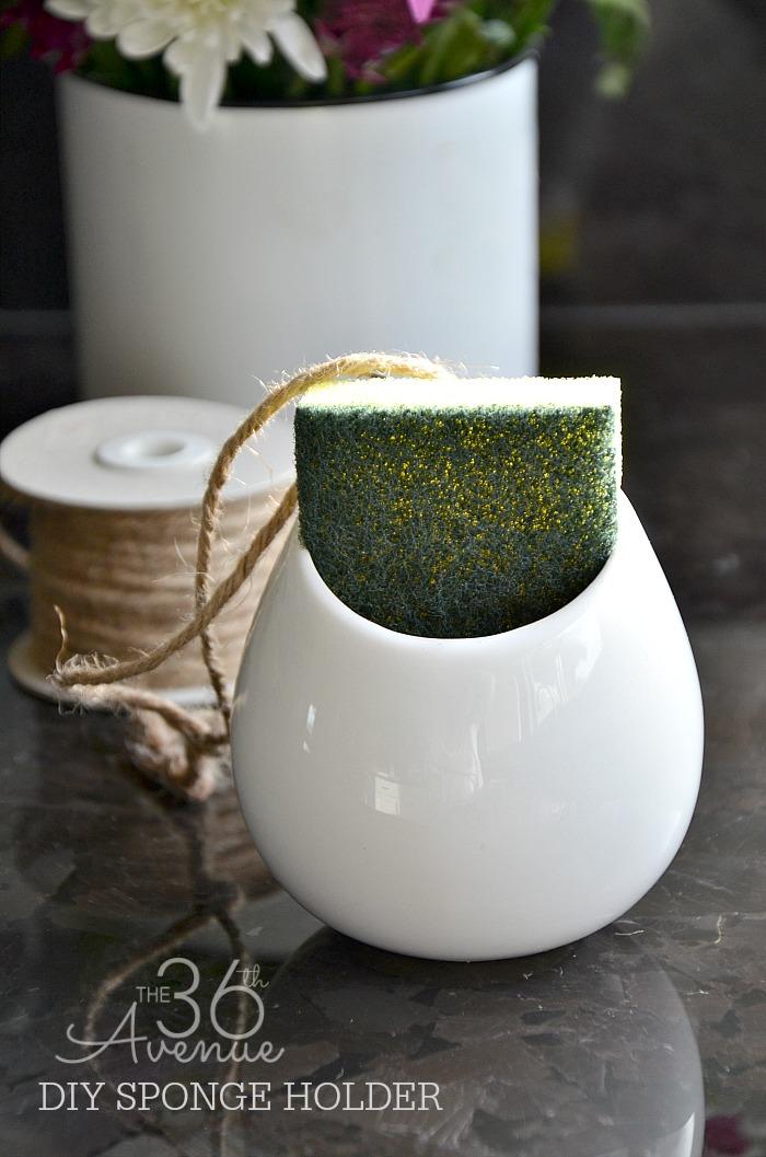DIY Home Project - DIY Sponge Holder Tutorial at the36thavenue.com