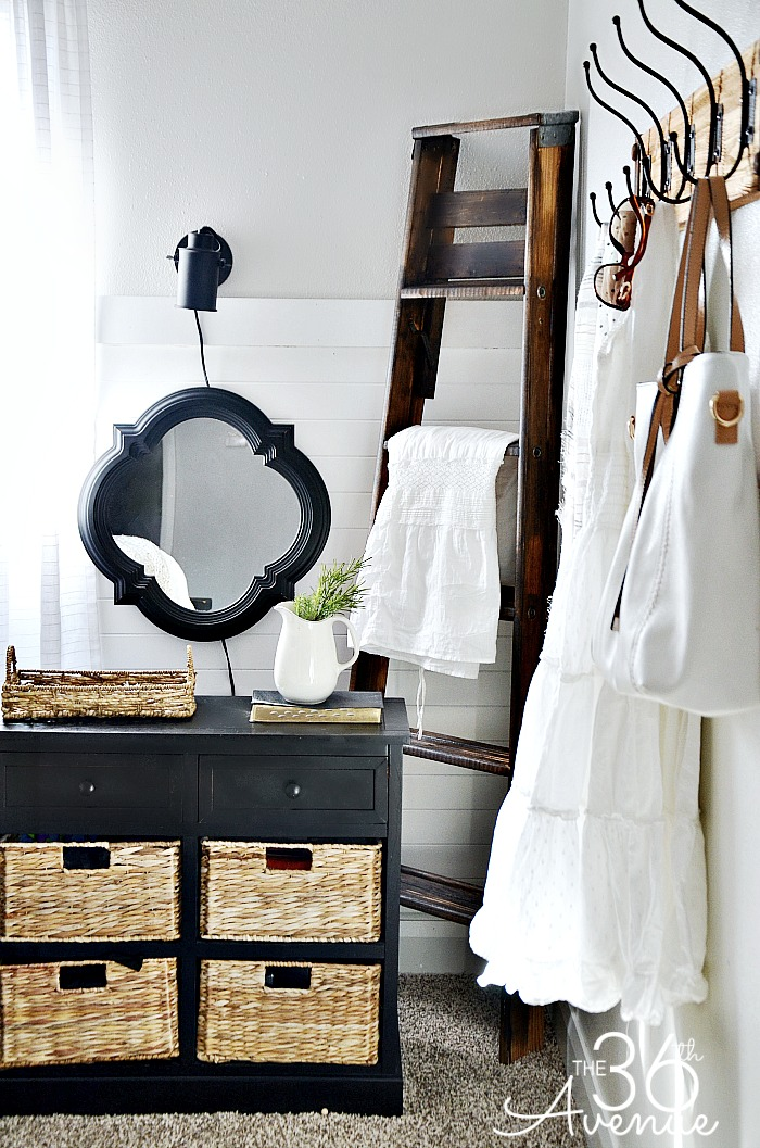 DIY Project - How to style and antique a ladder over at the36thavenue.com