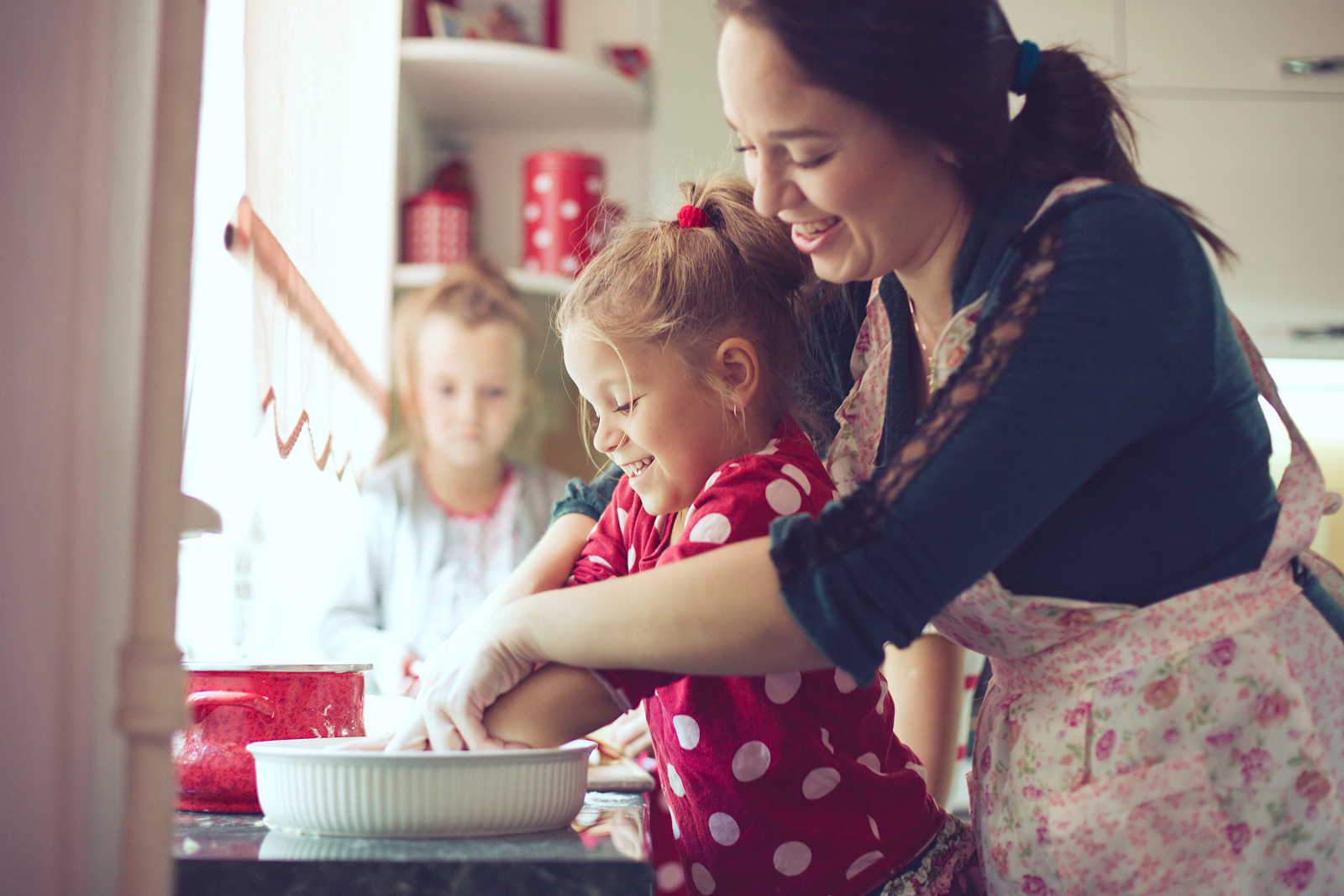 Kids and Parenting - Five Life Changing Lessons Children Learn at Dinner Time! These post is adorable... Must read!