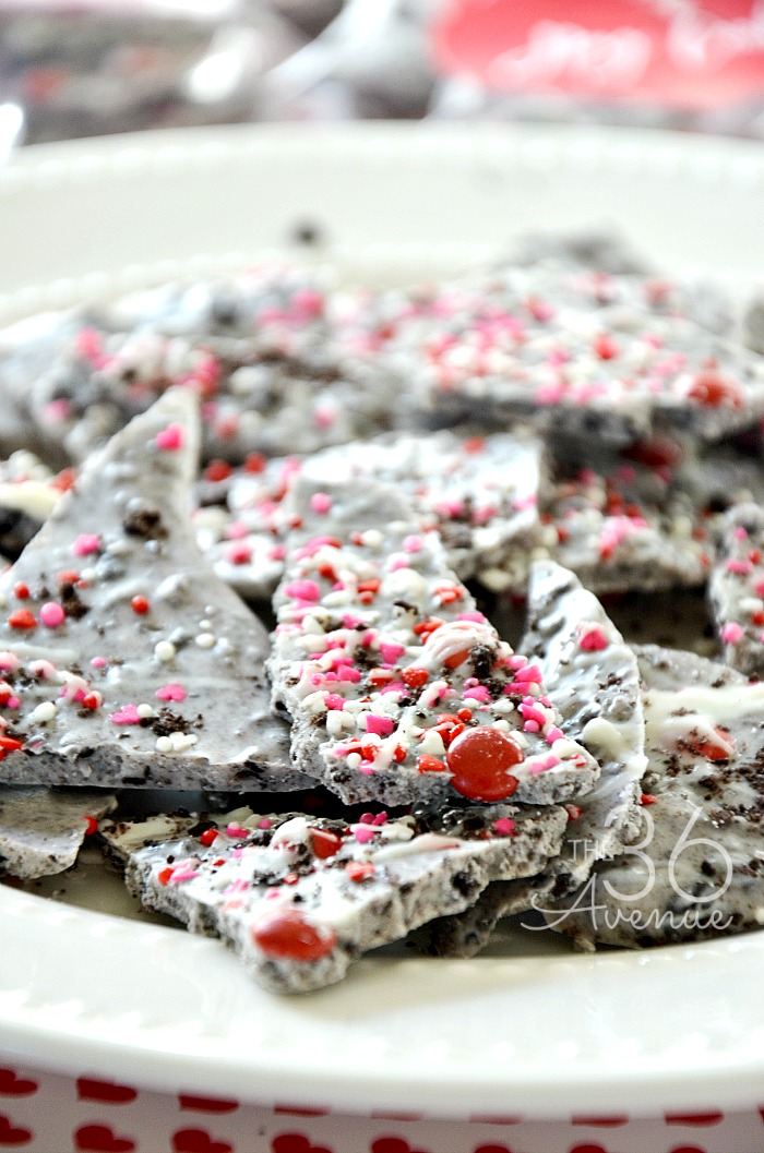 Cookies and Cream Bark the36thavenue.com