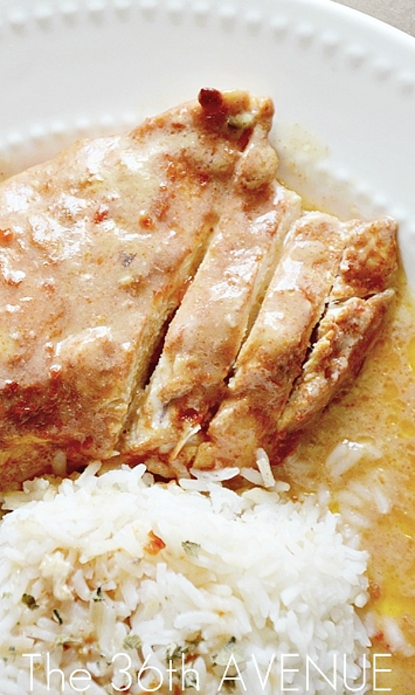 Chicken Recipes - Supers easy four ingredient Slow Cooker Fiesta Ranch Chicken.  Pin it now and make it later.