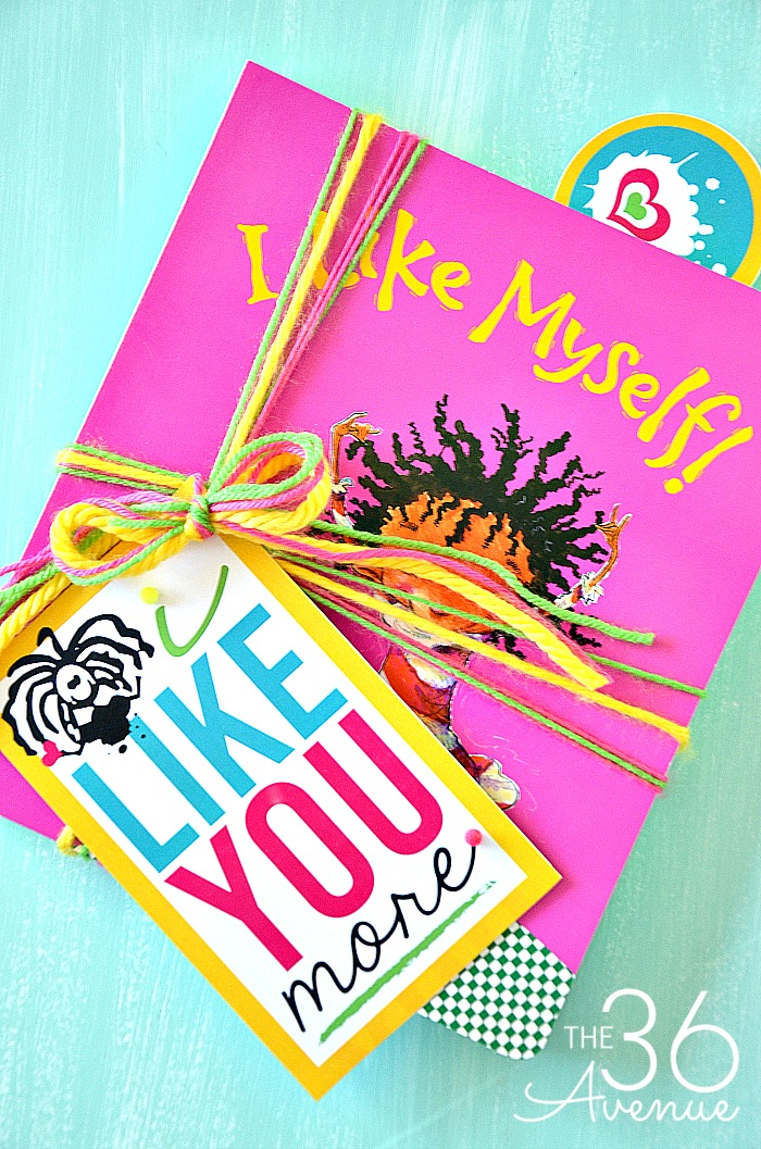 Printable and Book Gift Idea. This is such a cute idea.
