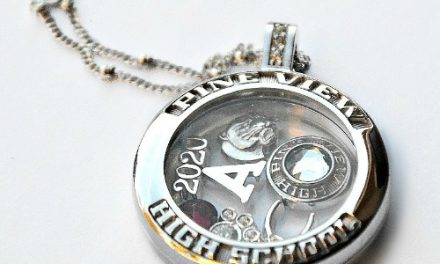Teenager Gift Ideas – High School Jewelry