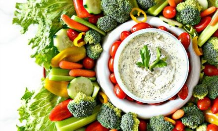 Vegetable Wreath and Veggie Dips