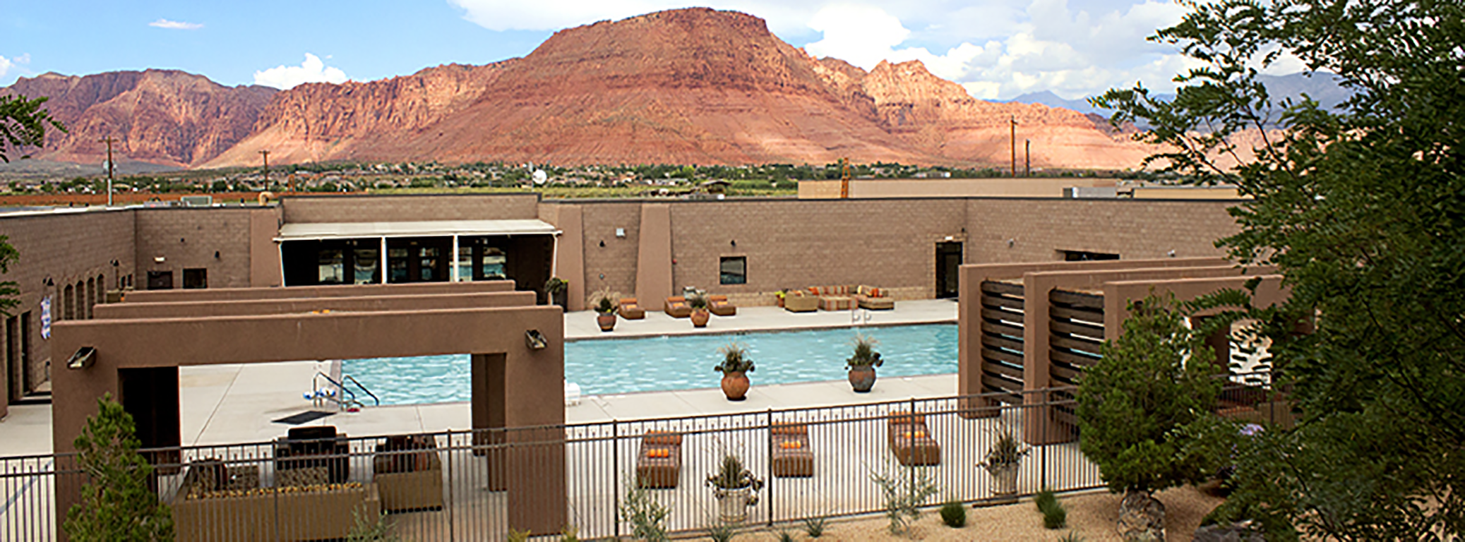 Pool red mountain