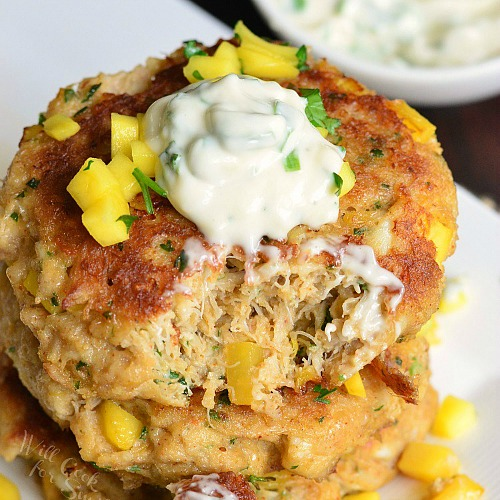 Spicy Mango Crab Cakes Recipe