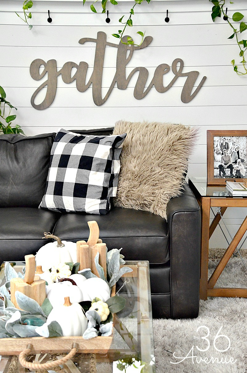 Modern Farmhouse Family Room Wall Decor Quebecinclusif Org