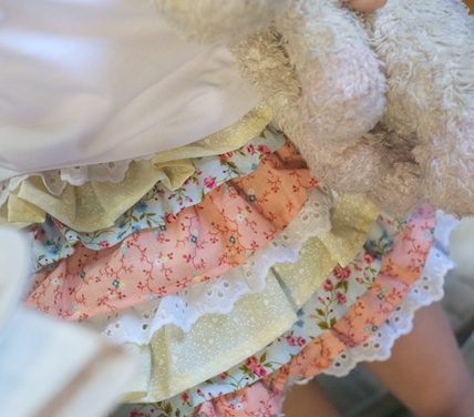 Skirt Tutorial – Little Girl Ruffle Skirt